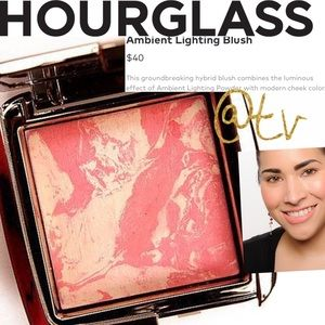 Hourglass Ambient Lighting Blush Diffused Heat NEW